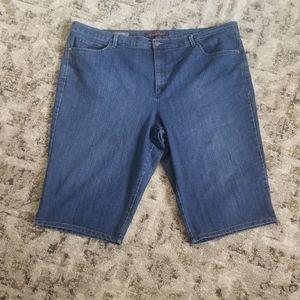 Gloria Vanderbilt Jean shorts
